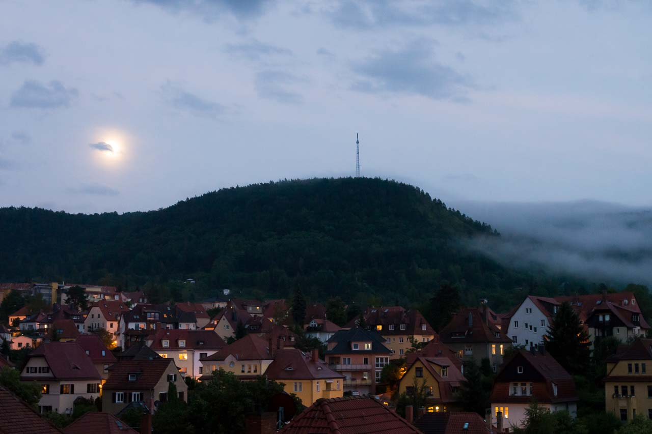 moon & fog